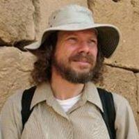 Dr. Robert Schoch, geologas