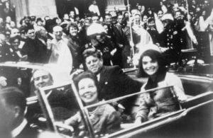 JFK ו שיתוף ממש לפני הירייה הראשונה