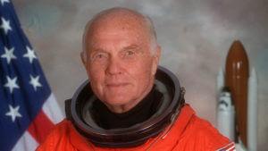 سناتور جان گلن آمریکا و فضانورد سابق آمریکا